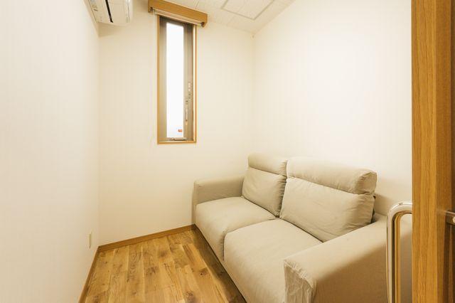 みんなの 睡眠・ストレスケア クリニック 待合室
